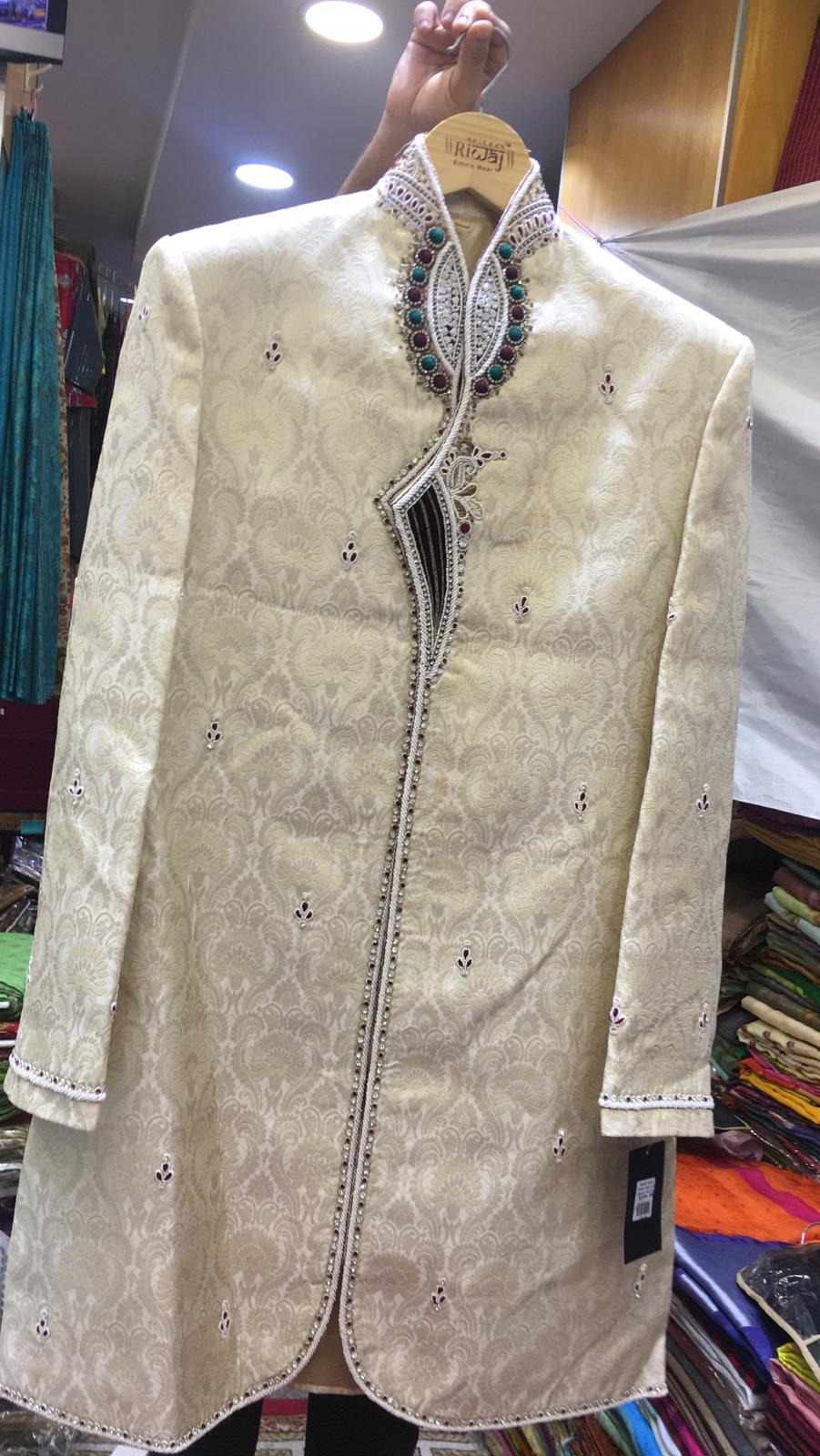 115179 $239.00 MENS SHERWANI (WEDDING COLLECTION) SIZE 42