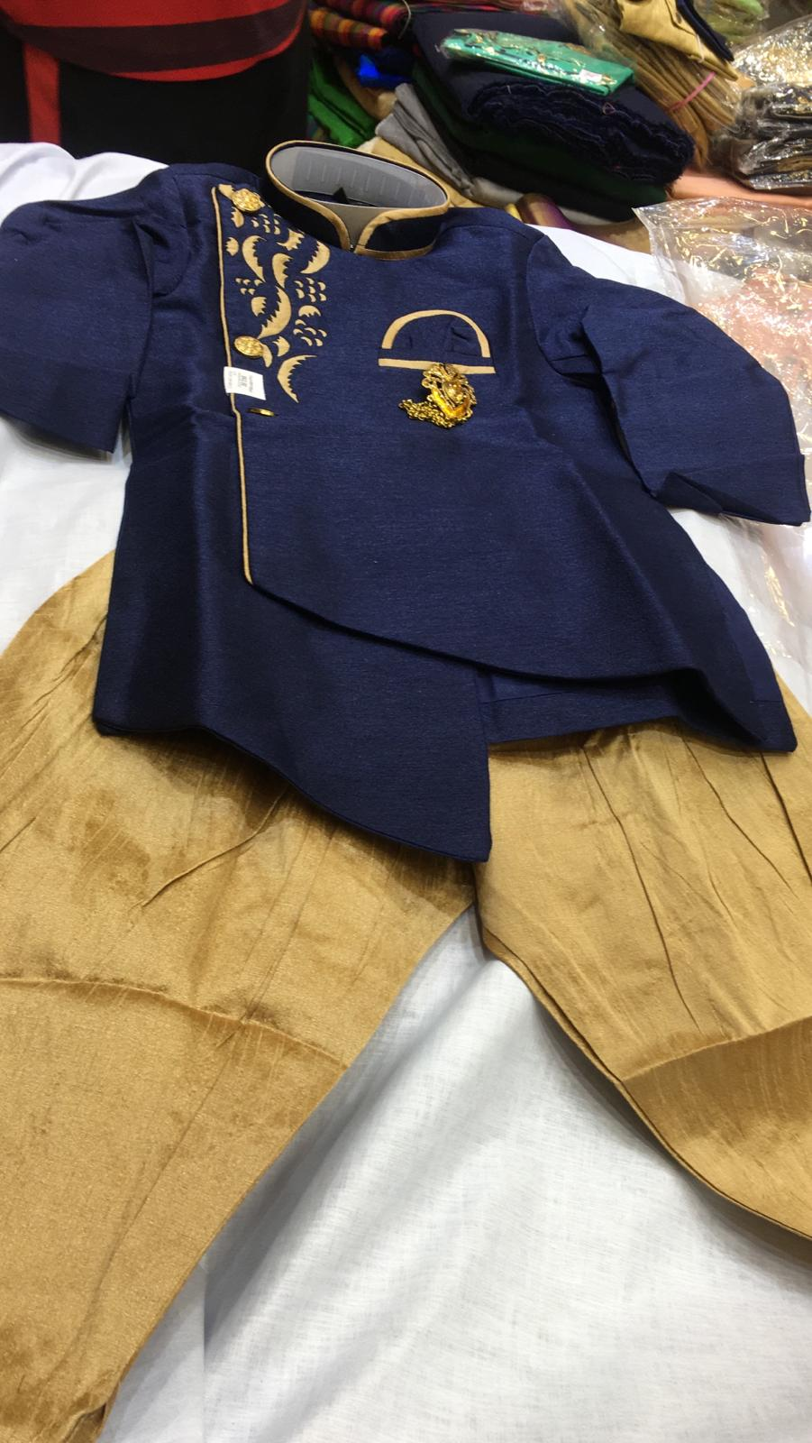 157939 $62.00 BOYS KURTA SET