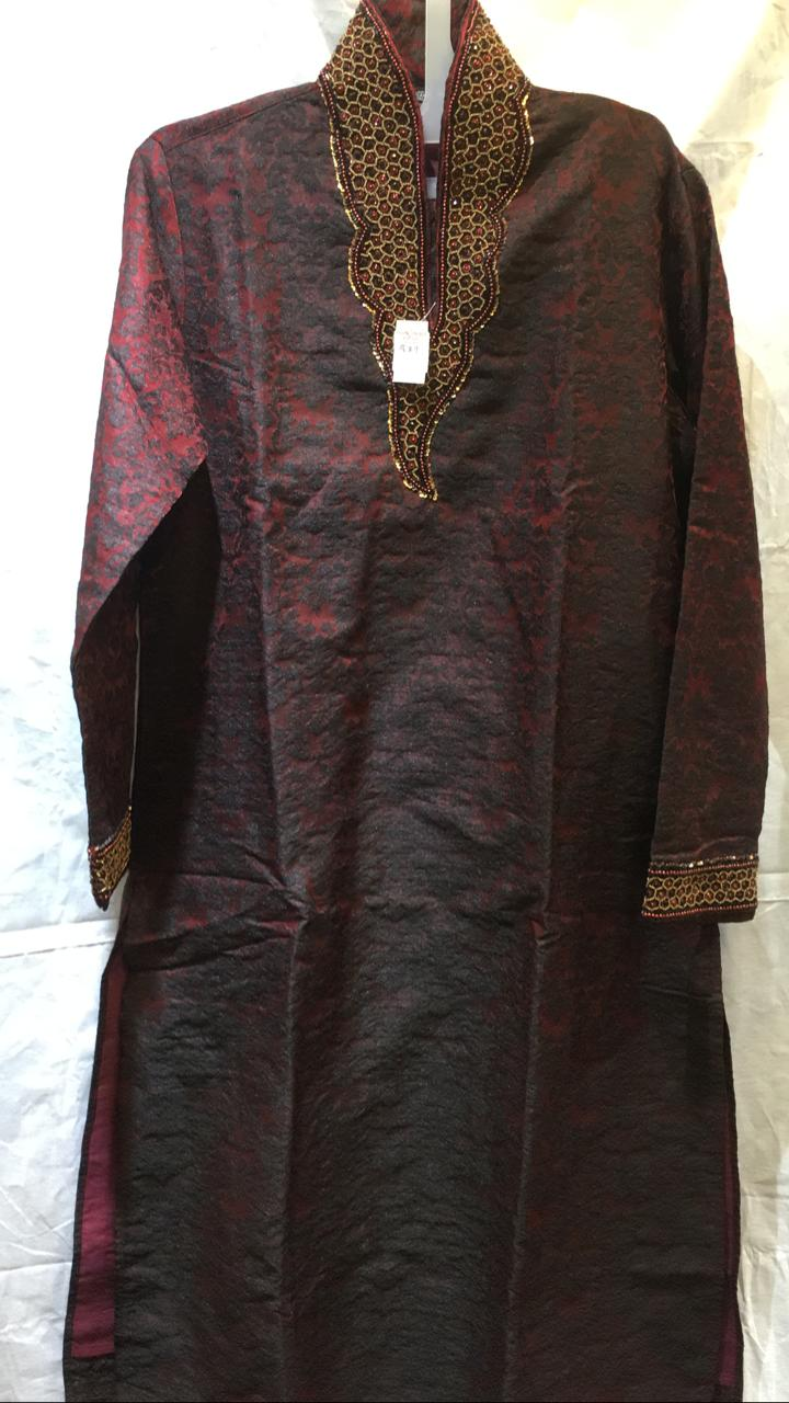 110569 $89.00 MENS KURTHA SET SIZE 36