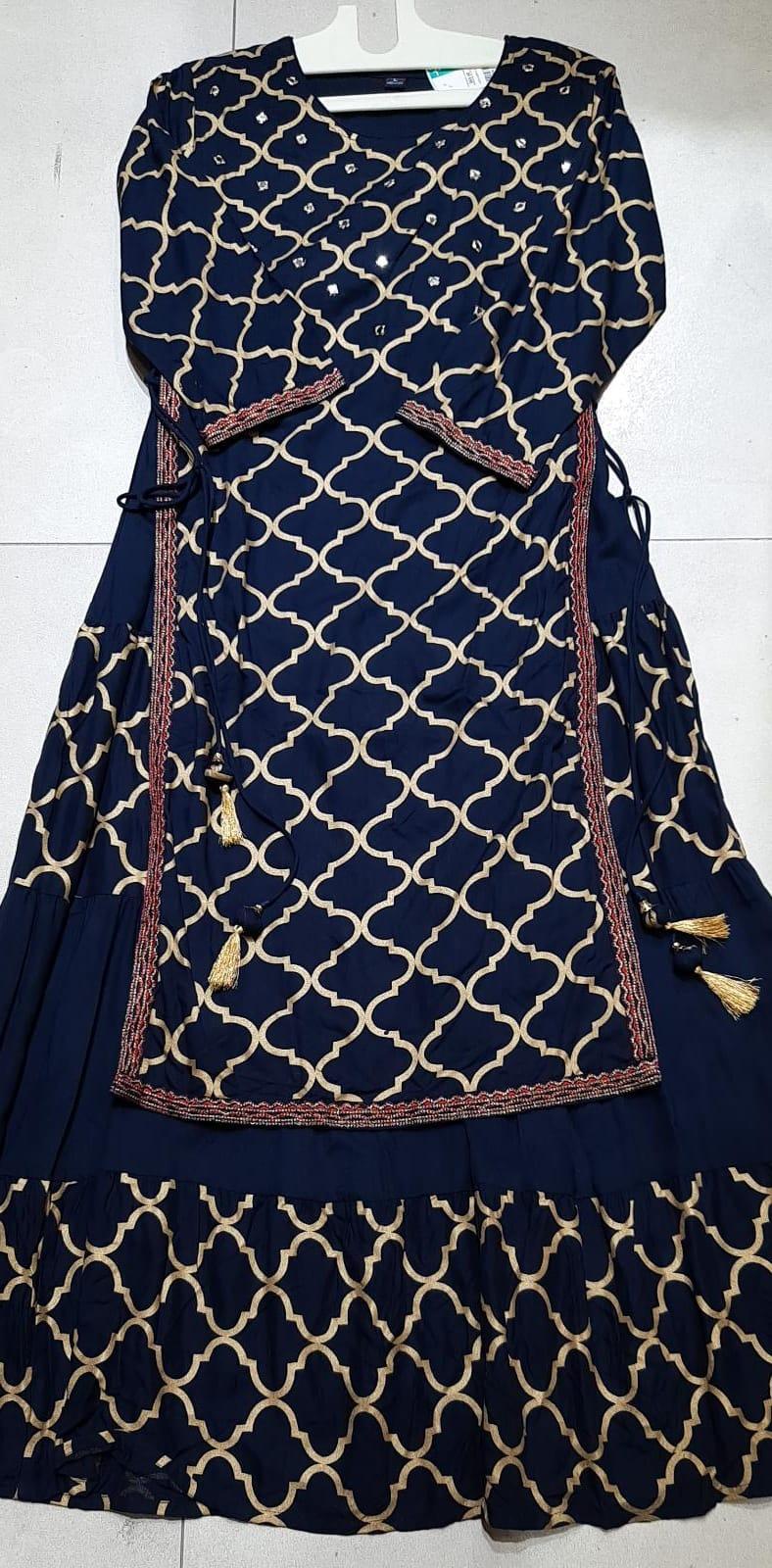 165994 $65.00 Long dress size L