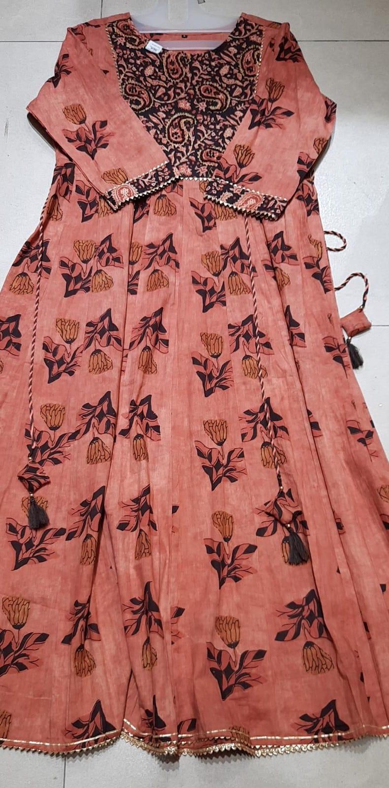 166006 $65.00 Long dress size M,L,XL,XXL